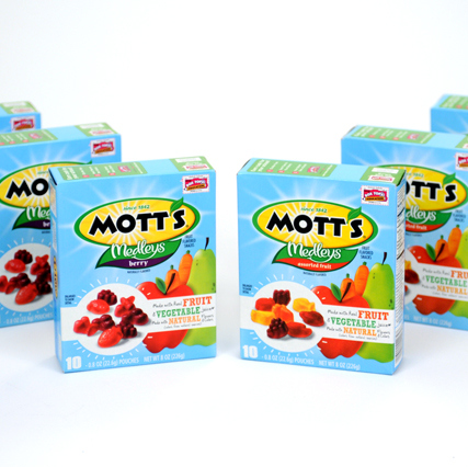 Pigeon Slow Juicer Reviews : Mott s Medley Fruit Snacks Quick #Giveaway - Frosted Fingers Baking & Reviews Chicago Mom ...