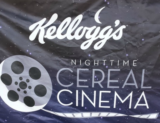 Kellogg's Nighttime Cereal Cinema #goodnightsnack #cbias