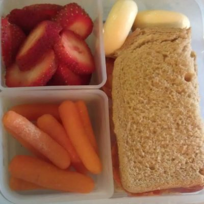 """""""Munch"""" Time Monday: Simple Lunches #Bento style lunch"""