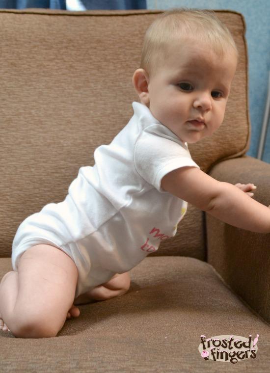 Baby Q Pushing up