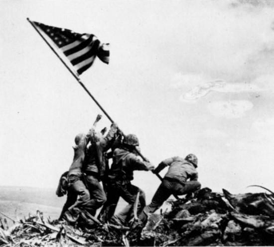 The-United-States-Iwo-Jima-Flag