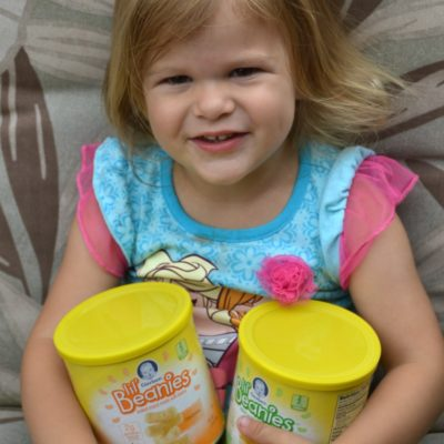 Let your toddler snack with Gerber Lil' Beanies